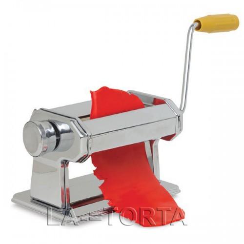 Машина для раскатывания мастики